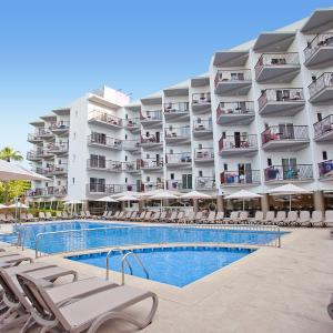 Hotel Pictures: FERGUS Bermudas, Palmanova