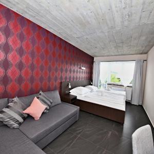 Hotel Pictures: Pension Jezerná, Zduchovice