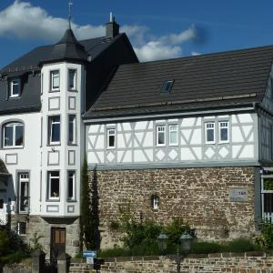 Hotelbilleder: Apartments im Chateau d'Esprit, Höhr-Grenzhausen