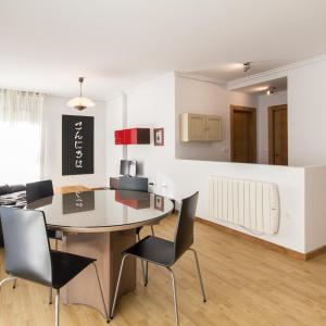 Hotel Pictures: Apartamentos La Balandra de Muros, Muros de Nalón