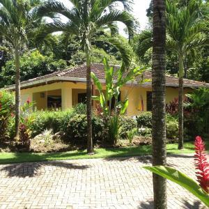 Hotel Pictures: La Casita, Tambor
