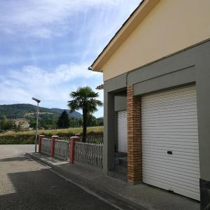 Hotel Pictures: Casa El Serrat del Tell, Sant Pau de Seguries