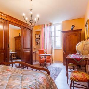 Hotel Pictures: Chambres d'Hôtes Saint Roch, Tournecoupe