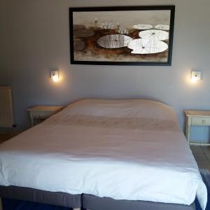 Hotel Pictures: Chambres de Frédé, Plounévez-Lochrist