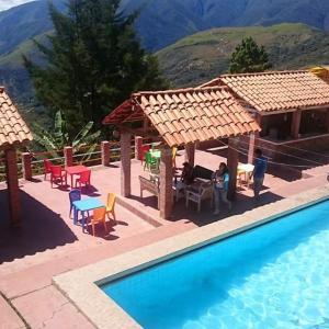 Hotel Pictures: Hostal Villa Rosas, Coroico