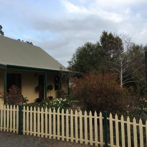 Fotos do Hotel: Country Pleasures Bed and Breakfast, Angaston