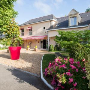 Hotel Pictures: Logis Auberge Bienvenue, Doué-la-Fontaine