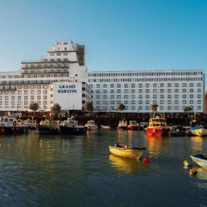 Hotel Pictures: The Grand Burstin Hotel, Folkestone