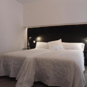 Hotel Pictures: El Montero, Soto