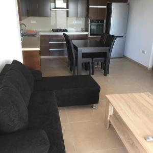 Hotel Pictures: Kyperounta Apartment, Kyperounda