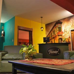 Hotel Pictures: Tango Hostel Córdoba, Cordoba