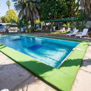 酒店图片: Elkira Court Motel, 艾丽丝泉