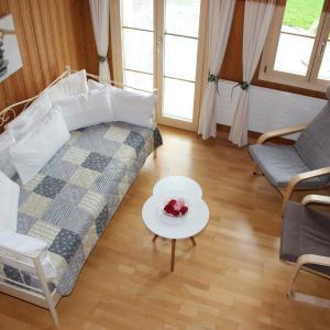 Hotel Pictures: Rösis B&B, Oberhünigen