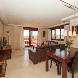 Hotel Pictures: Casares Golf, Casares