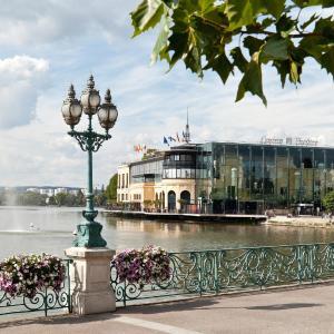Hotel Pictures: Hôtel Barrière L'Hôtel du Lac, Enghien-les-Bains