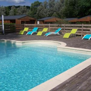 Hotel Pictures: La Tour du Loup, La Bastide-de-Sérou