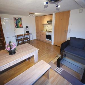 Hotel Pictures: AB Apartment Objekt 76, Fellbach