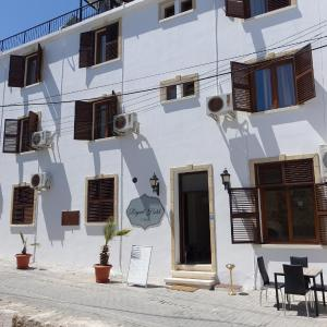 Hotel Pictures: Reymel Hotel, Kyrenia