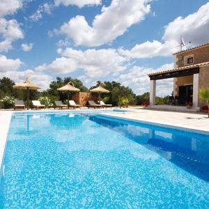 Hotel Pictures: Villa Ca Na Bubota, Algaida