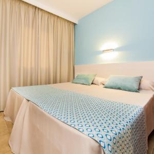 Hotel Pictures: Globales Bouganvilla, Sa Coma