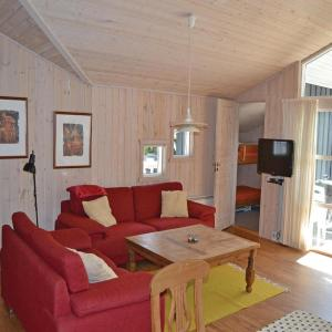 Hotel Pictures: Holiday home Ferievej IV, Hulsig