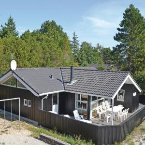 Hotel Pictures: Holiday home Ferievej II, Hulsig