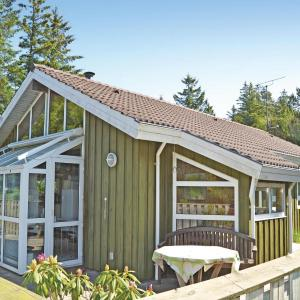 Hotel Pictures: Holiday home Tranevej IV, Hulsig