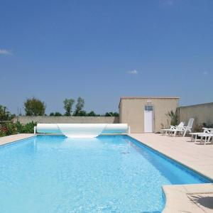 Hotel Pictures: Holiday Home Le Riquet IV, Grues