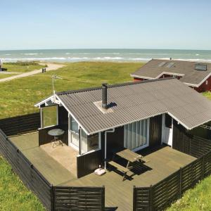 Hotel Pictures: Three-Bedroom Holiday Home in Hjorring, Hjørring