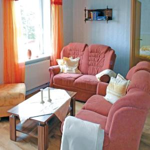 Hotel Pictures: Apartment August-Bebel-Str. 19 Whng. C, Sagard