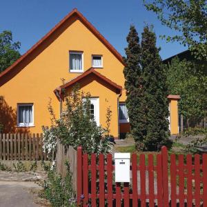 Hotel Pictures: Holiday home Dorfstrasse Y, Charlottenhof
