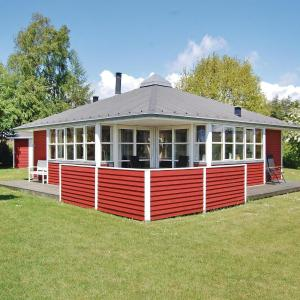 Hotel Pictures: Holiday home Laxtonvej Humble In Dnmk, Humble