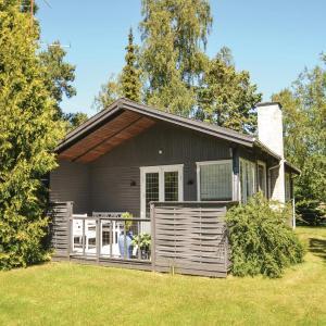 Hotelbilder: Three-Bedroom Holiday Home in Vaggerlose, Bøtø By