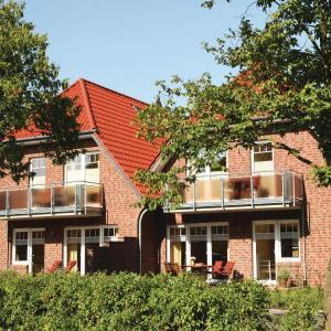 Hotel Pictures: Apartment Mona ground floor, Wangerland