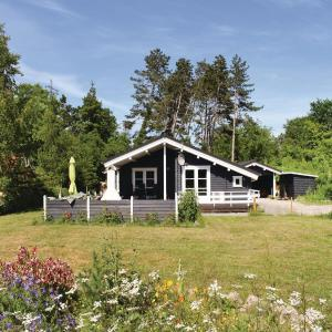 Hotel Pictures: Holiday home Solgården XII, Hou