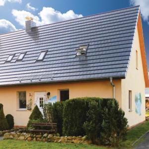Hotel Pictures: Apartment Rechlin OT Retzow Gartenweg III, Rechlin
