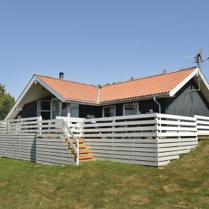 Hotel Pictures: Holiday home Træløbervej II, Lokkeby