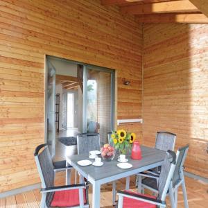 Hotel Pictures: Holiday home Plettenberg/Sauerland 55, Plettenberg