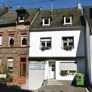 Hotelbilleder: Ferienhaus Zur Mosel I, Kövenig