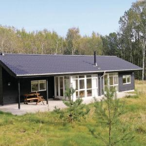 Hotel Pictures: Holiday home Kulmulevej Sæby XI, Nordost