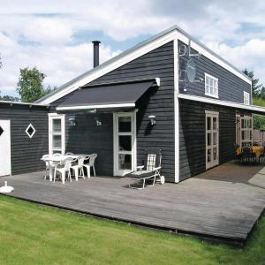 Hotel Pictures: Holiday home Sommervej Hals II, Hals
