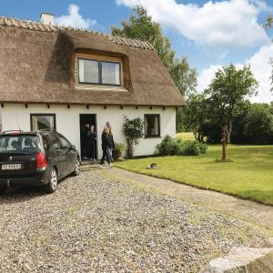Hotel Pictures: Studio Accommodation in Askeby, Askeby
