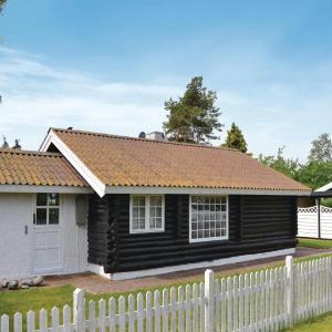 Hotel Pictures: Holiday home Skrænten Køge I, Valløby