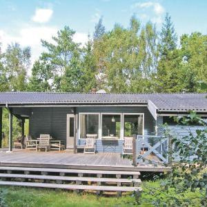 Hotel Pictures: Holiday home Egeholt, Udsholt Sand
