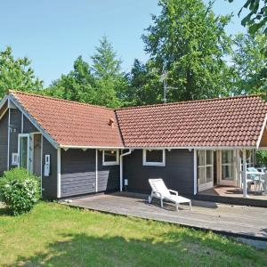 Hotel Pictures: Holiday home Dronningmølle 50, Dronningmølle