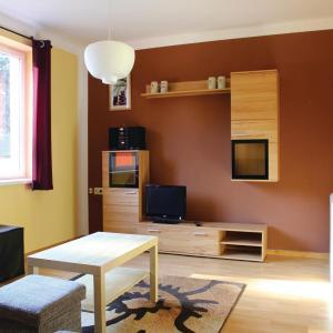 Hotelbilleder: Four-Bedroom Holiday Home in Lichte, Lichte