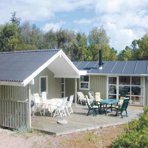 Hotel Pictures: Holiday home Tranebærvej Ålbæk V, Ålbæk