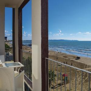 Фотографии отеля: One-Bedroom Apartment in Durres, Дуррес