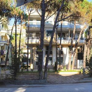 Zdjęcia hotelu: Two-Bedroom Apartment in Durres, Golem