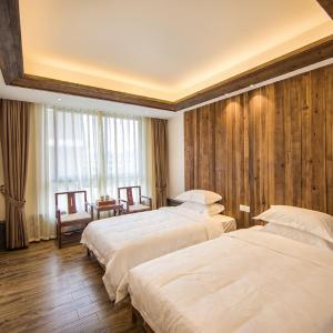 Hotel Pictures: Wuyi Moutain Mingyingxuan Tea & Photography Theme Inn, Wuyishan